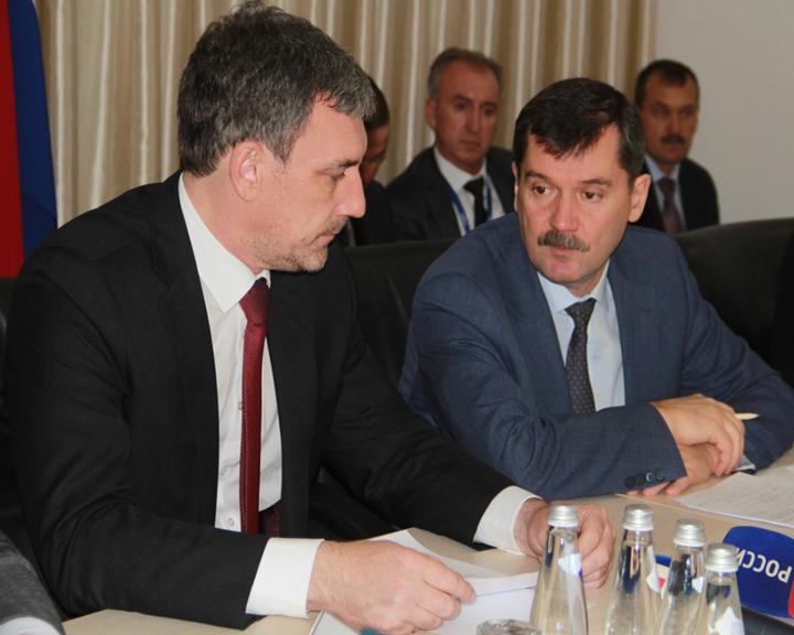 Глава Росавиации и губернатор Приамурья обсудили ход проводимых работ в аэропортах области