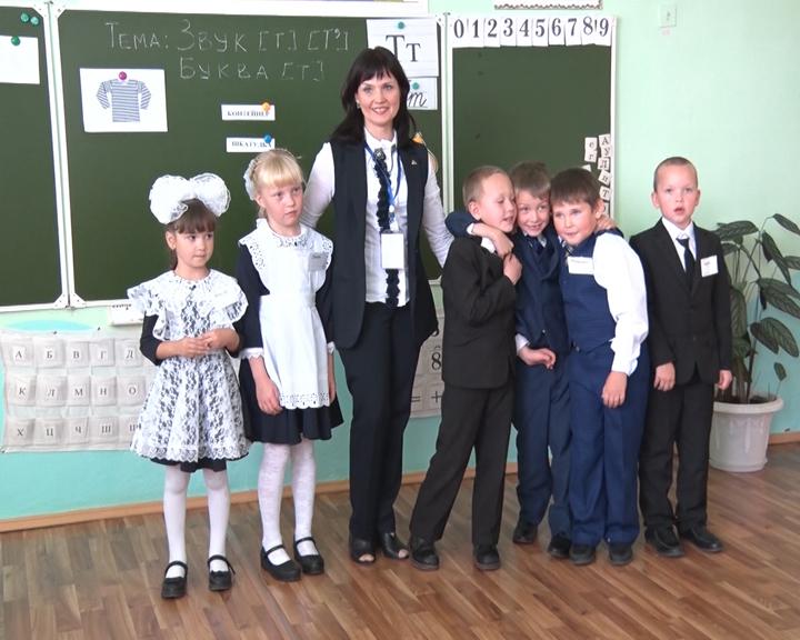 Лучшие учителя области дают мастер-классы в амурских школах