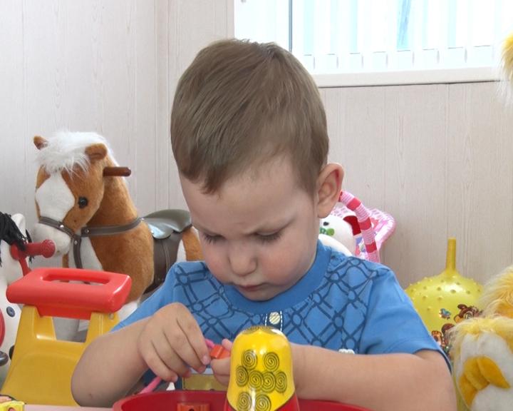 «Счастье каждому»: Двухлетний Игорёша нуждается в родительской заботе