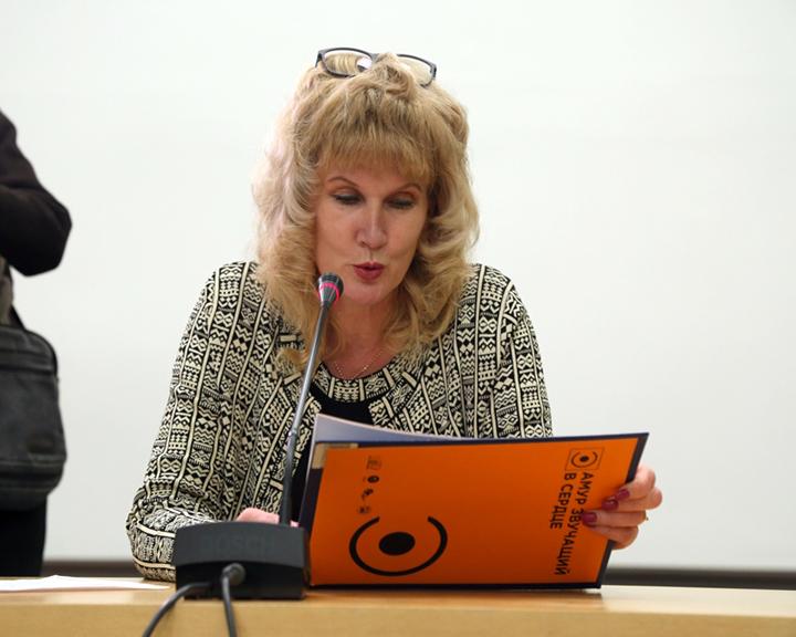К Международному дню слепых в Благовещенске организовали громкие чтения