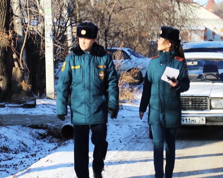 Сотрудники МЧС провели рейды в частном секторе Благовещенска