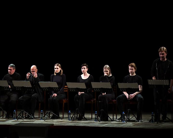 Всё действие — в воображении: В Амурском драмтеатре опробовали формат выступления «открытая читка»