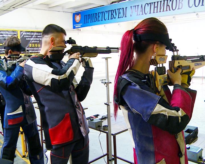 От 11 и старше: Открытый областной турнир по стрельбе из пневматического оружия собрал взрослых и детей со всего ДВ