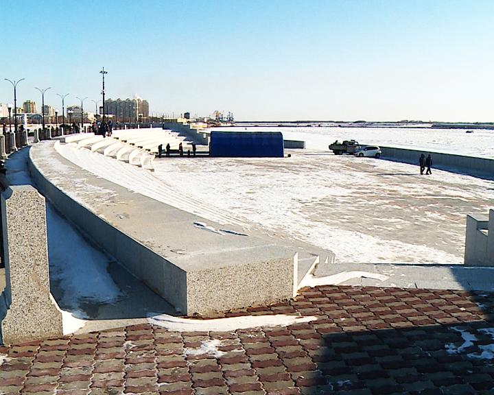 Одели в гранит: В Благовещенске торжественно открыли центральные участки набережной реки Амур