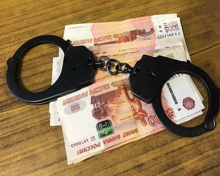 Житель Тынды хотел добиться снятия ареста на имущество путём дачи взятки судебному приставу