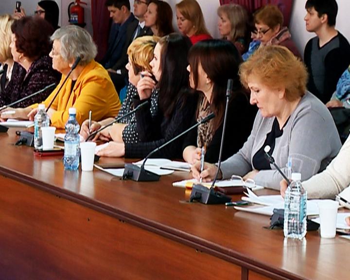 Экспертами Фонда президентских грантов приняты на рассмотрение 35 проектов амурчан
