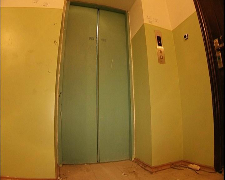В Благовещенске и Тынде капитально отремонтировали 50 старых лифтов