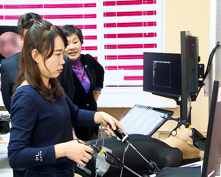Обмен опытом: Амурские и китайские медики поделились методами лечения