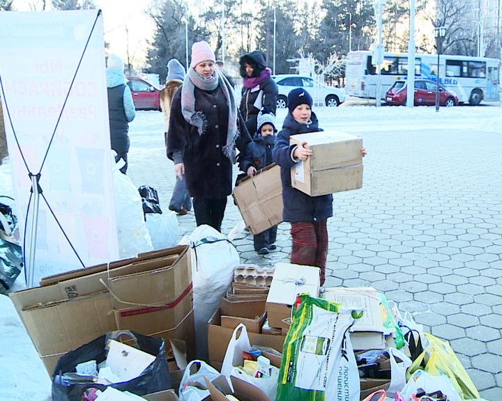 В Благовещенске прошла экологическая акция по раздельному сбору мусора