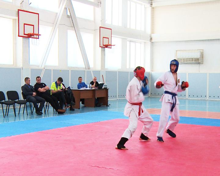 80 спортсменов из Приамурья и Хабаровского края поборолись за медали на областном турнире по рукопашному бою