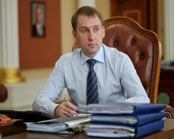 Александр Козлов поздравил жителей Дальнего Востока с Новым годом