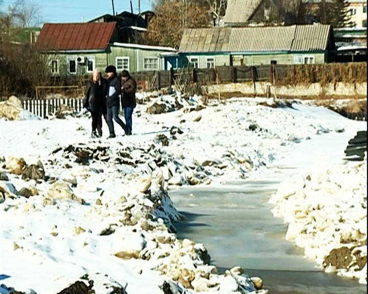 В Шимановске решают проблему с подземными водами