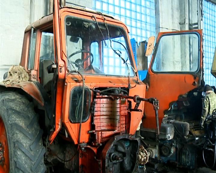 Готовь сани летом, а технику к полевым работам зимой: ремонтная кампания стартовала в Приамурье