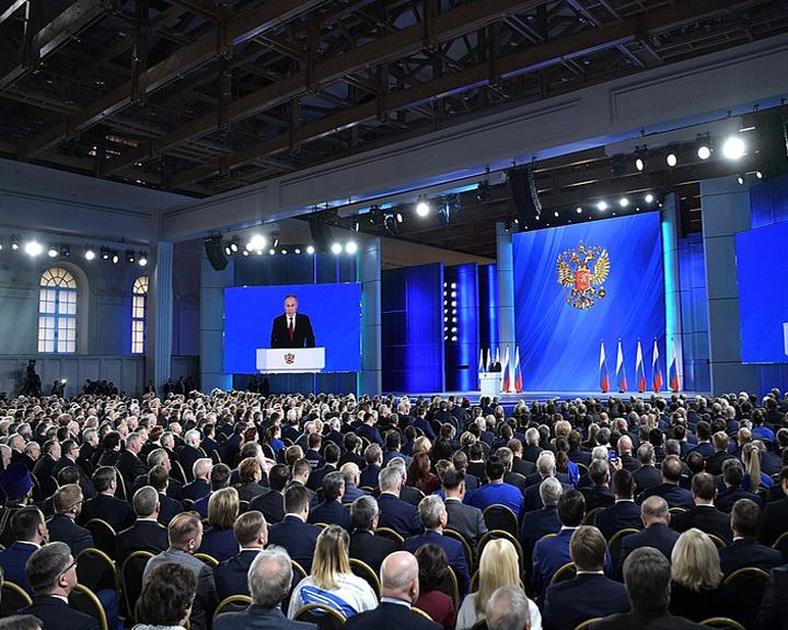 Дать больше свободы губернаторам в решении вопросов предложил В. Путин: Мнение эксперта