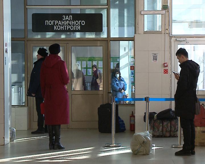 Не допустить завоза пневмонии из КНР: Ситуация на контроле у таможни Благовещенска
