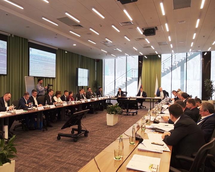 Итоги развития: Юрий Трутнев провёл совещание с губернаторами ДФО