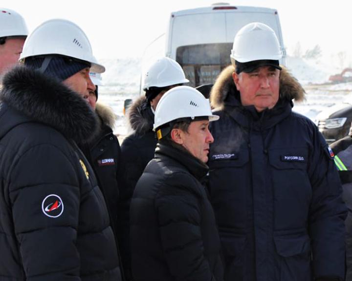 Дмитрий Рогозин осмотрел площадку строительства стартового комплекса под «Ангару» на Восточном