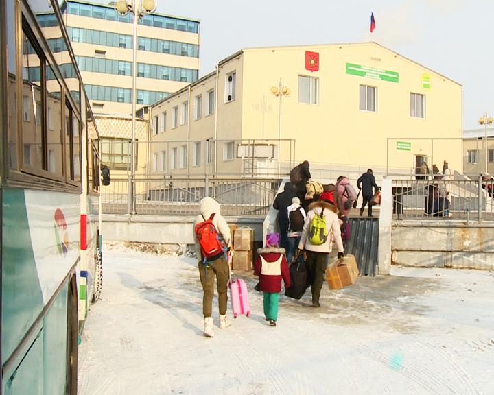 Пункт пропуска Благовещенск-Хэйхэ был снова открыт. Больше 300-т россиян вернулись домой