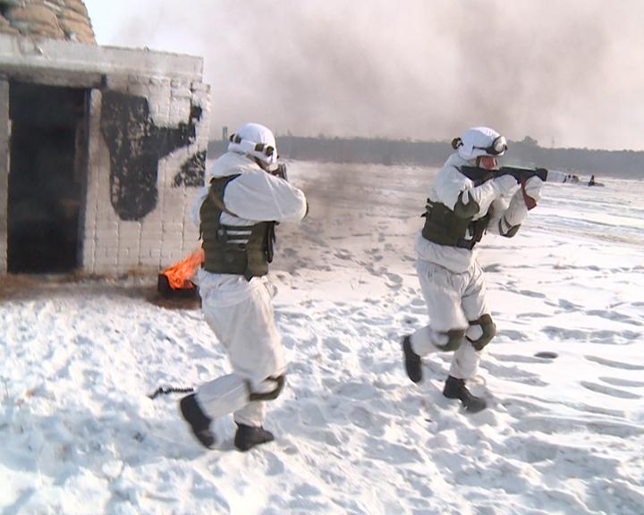 Оборона и атака: В ДВОКУ завершаются масштабные учения в честь юбилея училища
