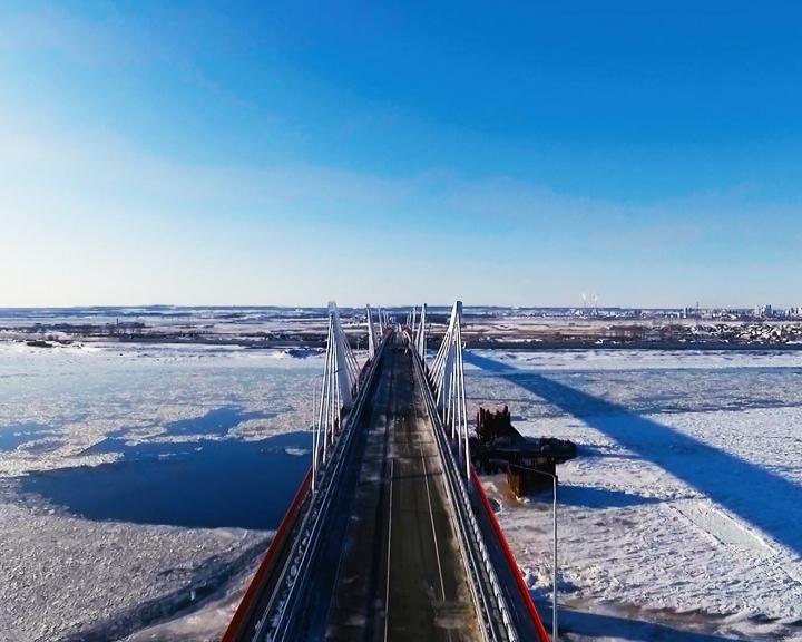 На своём автомобиле можно будет поехать в Китай по мосту через Амур