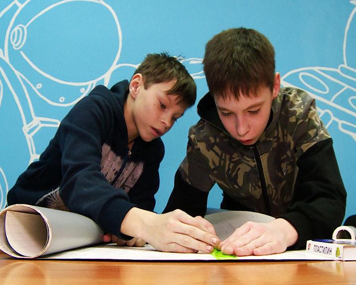 Собрать и запустить модель ракеты: В Циолковском заработал клуб юных инженеров