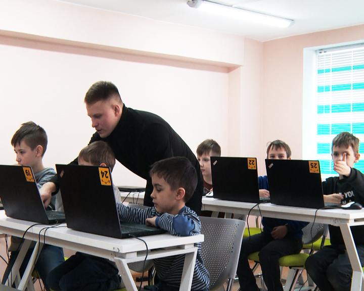 В амурском Доме научной коллаборации детсадовцы постигают азы современных технологий