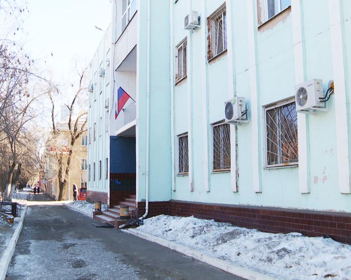 Амурских контрактников приговорили к обязательным работам за кражу чугунных радиаторов