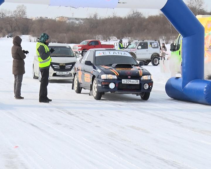 Ледовые автогонки: На Астрахановских лугах прошел городской чемпионат по ралли-спринту