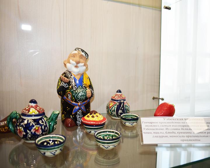 Жители области могут посетить выставку «Приамурье многонациональное», которая открылась в АОДНТ