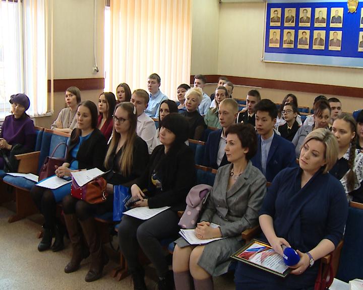 В областной прокуратуре наградили победителей регионального конкурса «Дети и молодежь против наркотиков!»