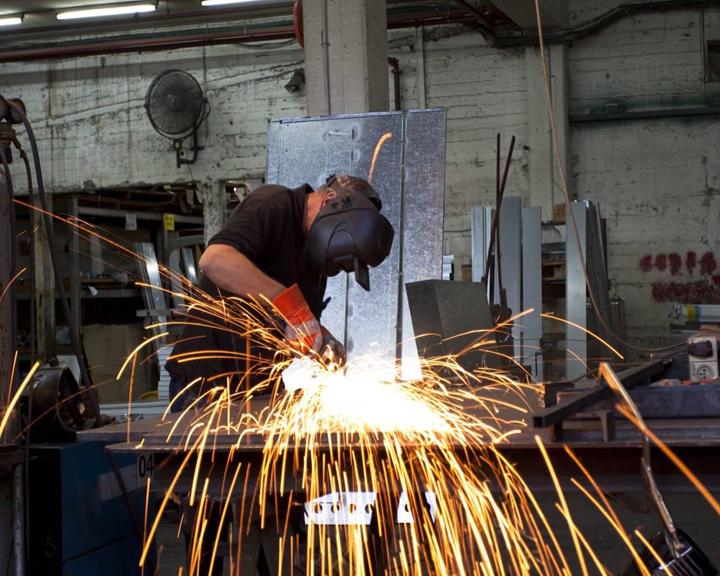 В Благовещенске на судостроительном заводе появится мастерская для студентов-сварщиков