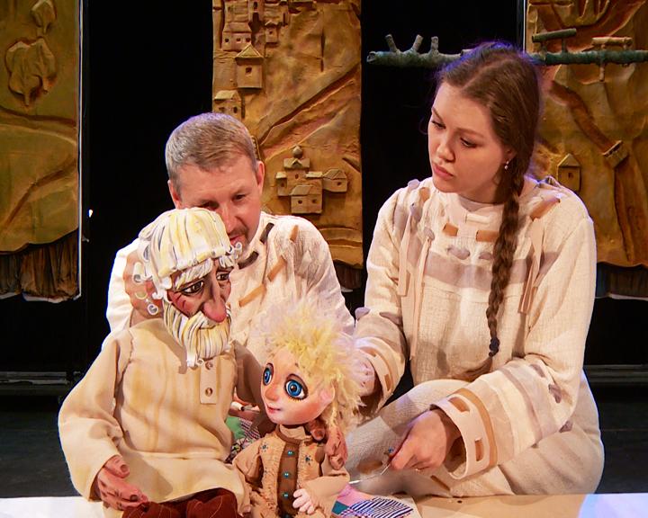 Волшебство доброты: Кукольный театр покажет амурчанам премьеру спектакля «Серебряное копытце»