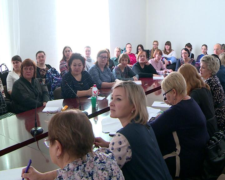О здоровье школьников говорили на международной научно-практической конференции в АГМА