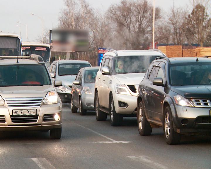 Инспекторы ДПС призывают амурских водителей быть бдительнее