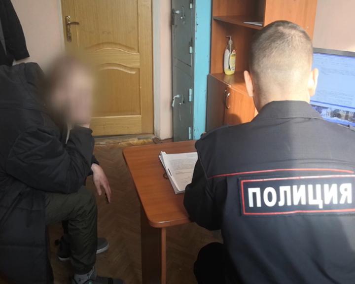 Благовещенские полицейские задержали подозреваемых в вандализме