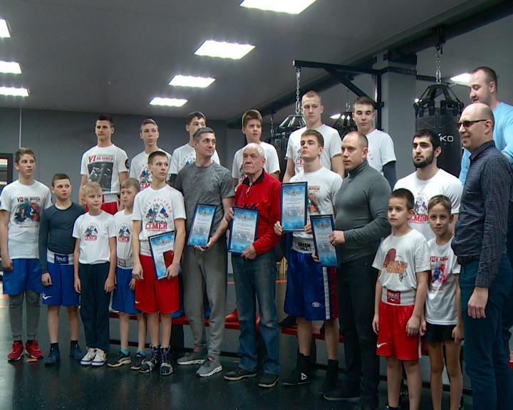 На соревнованиях в Биробиджане амурские боксеры завоевали 6 медалей