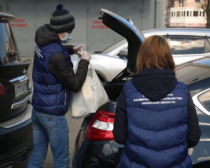 Автопарк областного правительства передан в распоряжение больниц и волонтеров