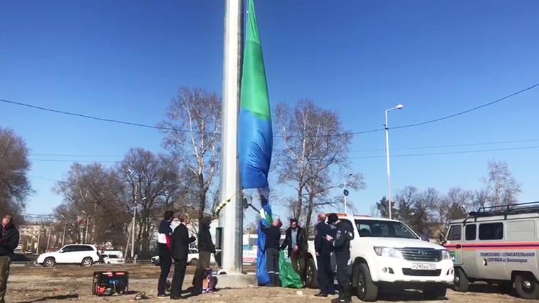 В Белогорске отрепетировали поднятие гигантского флага