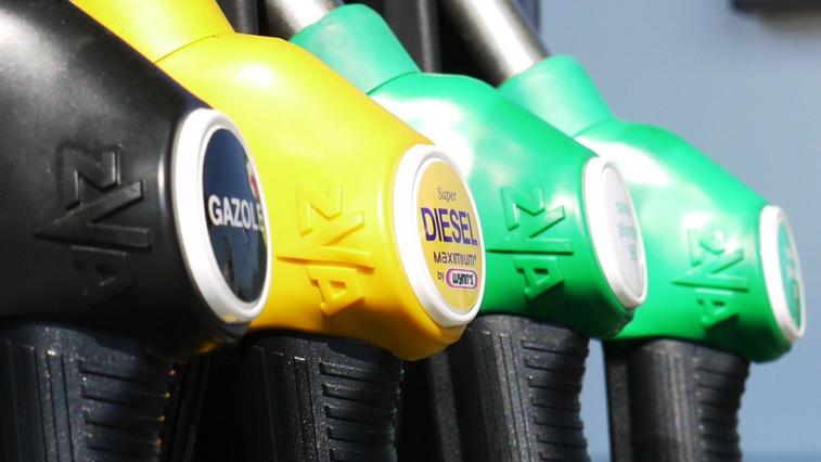 В нескольких городах Приамурья с начала года подорожали бензин и дизтопливо
