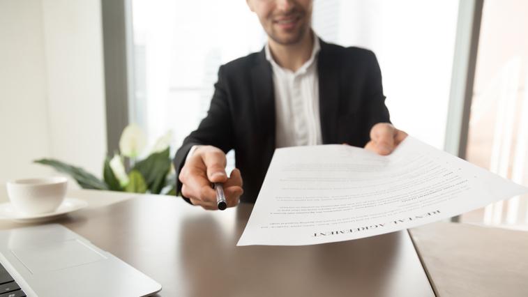 Амурские предприниматели получили первые беспроцентные кредиты на зарплату сотрудникам