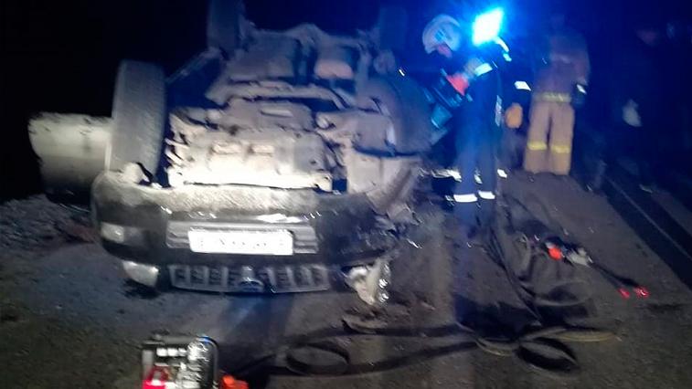 Жесткое ДТП: В Приамурье на федеральной трассе столкнулись кроссовер и экскаватор