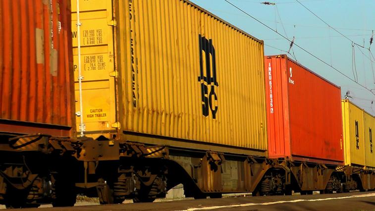 Больше 20 тыс. т социально значимых грузов перевезли по ЗабЖД в этом месяце