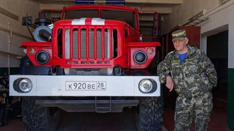 Пожарные перебросили часть техники в Усть-Ивановку из-за ограничений на мосту через Зею