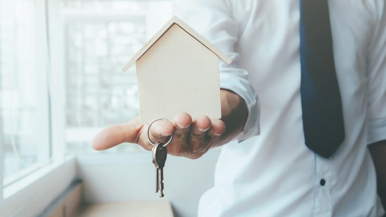 Амурские сироты впервые смогут получать сертификаты на самостоятельную покупку квартир
