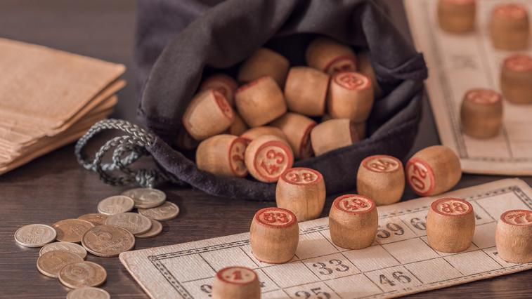 Деньги липнут: Житель Магадана дважды за месяц выиграл в лотерею и стал миллионером