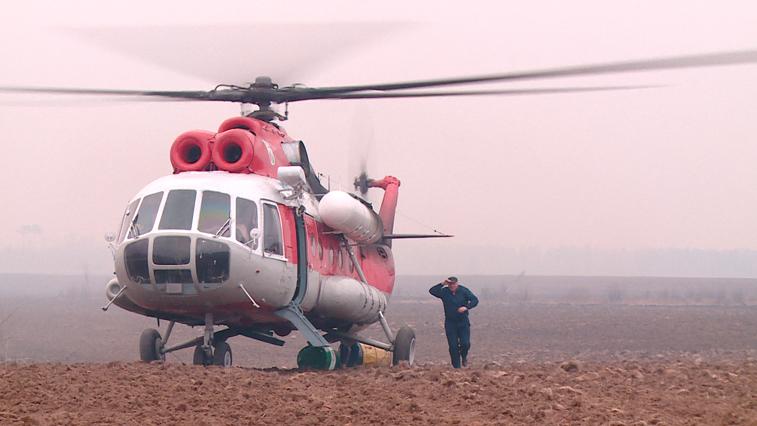 Командная работа: огнеборцы Свободненского отделения Амурской авиабазы 4-й день тушат крупный пожар