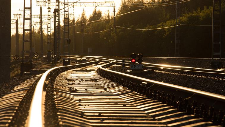 Перевозка пассажиров на ЗабЖД в апреле снизилась почти наполовину