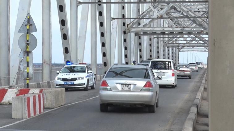 Мост через р. Зея закроют на ночь для установки эстакады