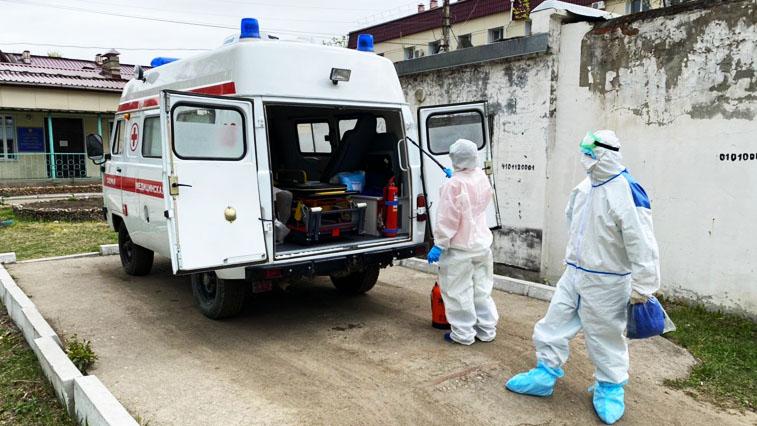 Медики региона получили выплаты за работу COVID-больными