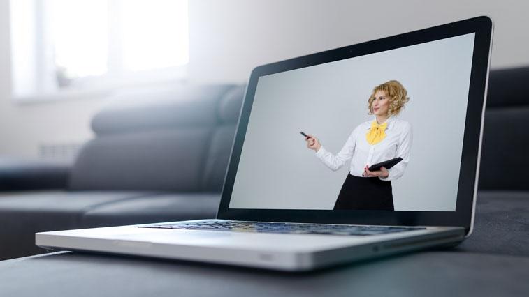 Представители органов власти и Роспотребнадзора в режиме онлайн отвечают на вопросы амурских бизнесменов